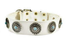 White Queenie | Leather Dog Collar